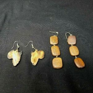 Lot of 2 Wooden earring sets brown laser cut